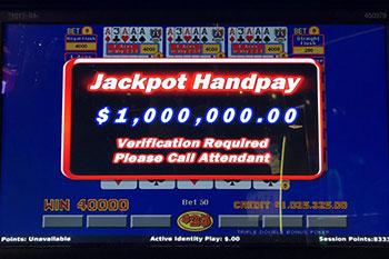 02acosmo_handpay_million