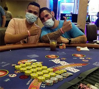 01Brian-Rodriguez-Caesars-jackpot-winner-08-09